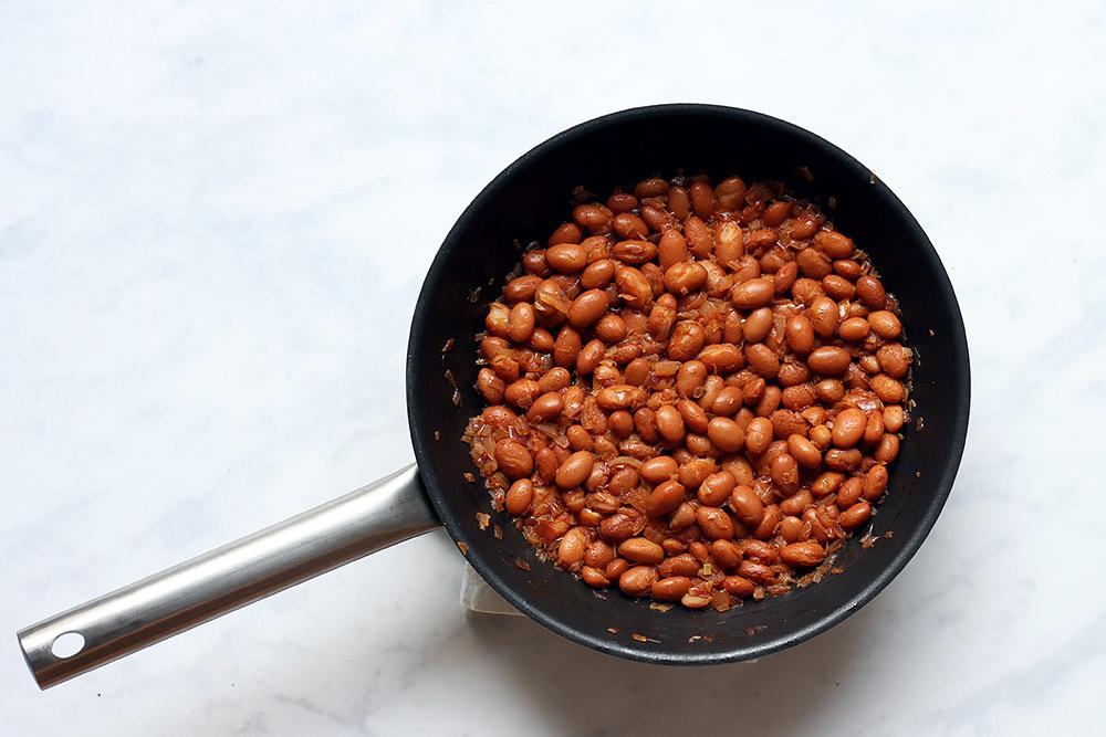 Bohnen für Huevos Rancheros
