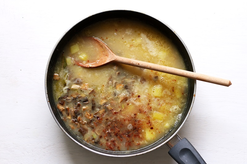 Boston Clam Chowder Rezept Zutaten in Topf