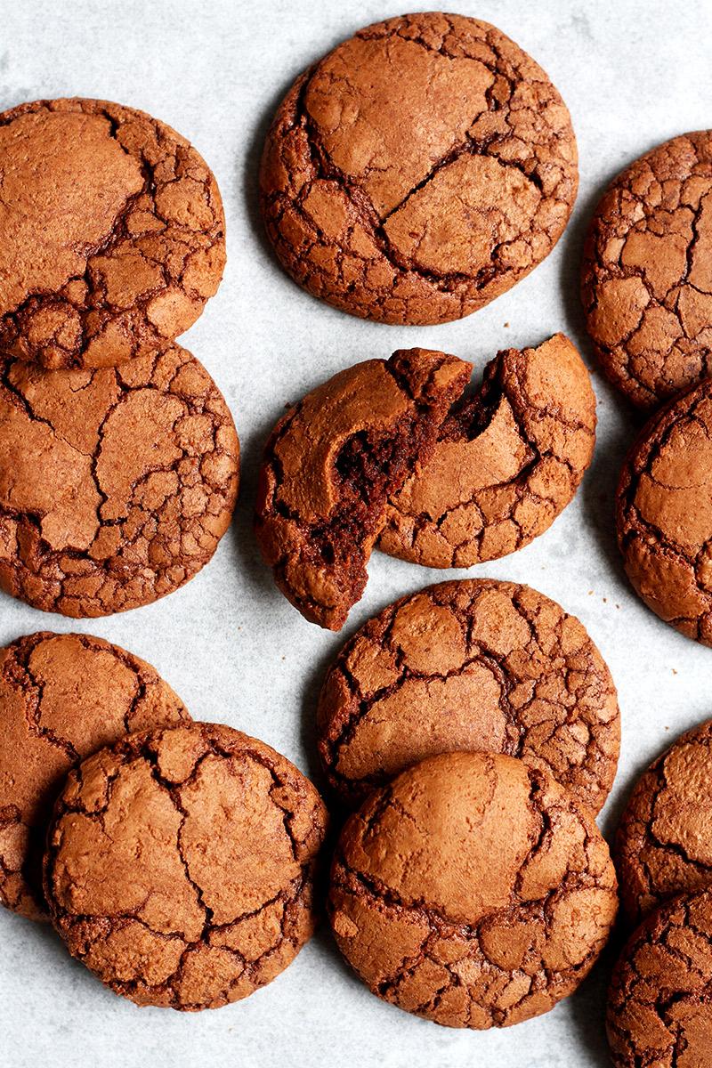 Brownie Kekse mit Rissen Rezept