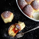 Buchtel Wuchteln mit Marmelade gefüllt Rezept