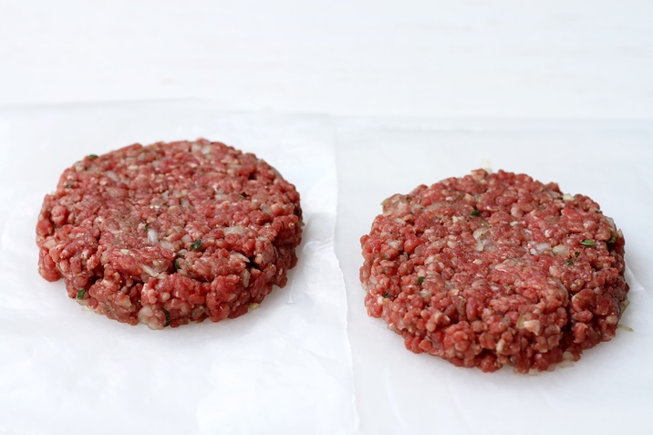 Wie formt man Burger Patties?