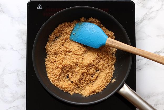 Butterbrösel für Apfelstrudel Rezept
