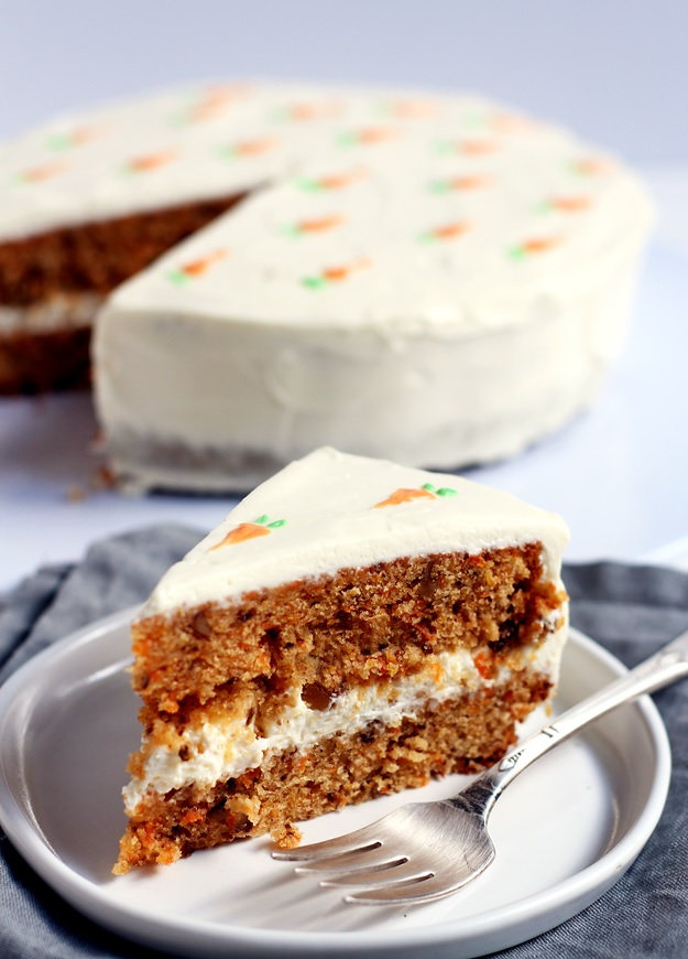 Carrot Cake mit Cream Cheese Frosting Rezept