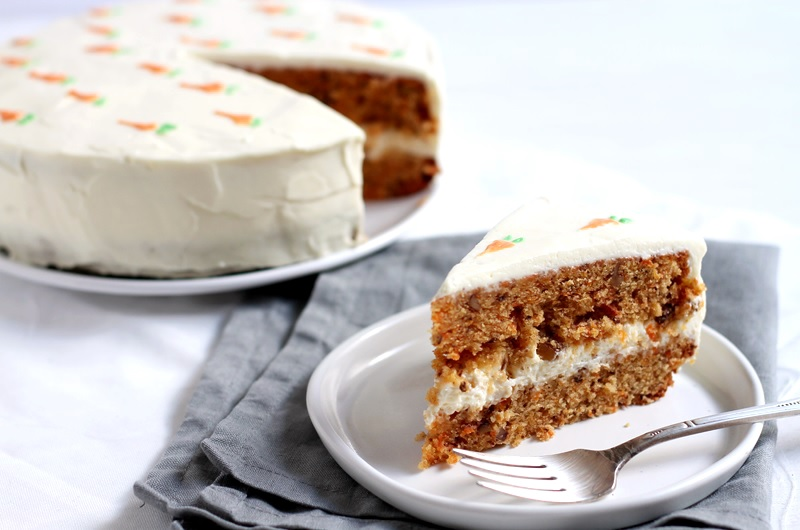 Carrot Cake with Cream Cheese Frosting Rezept