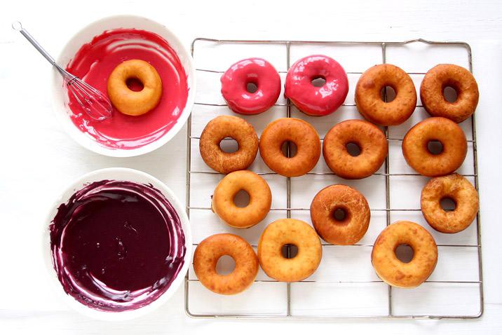 Donuts pink glasieren Rezept