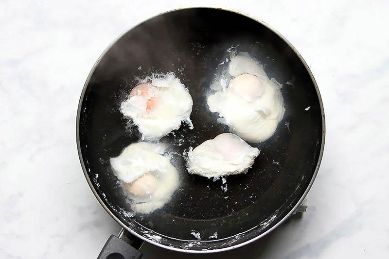 Eggs Florentine pochierte Eier Rezept