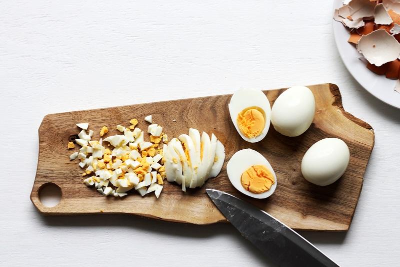 Eier für Egg Sandwich Rezept