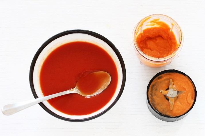 Einfache Tomatensuppe mit Grilled Cheese Sandwich