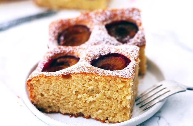 Flaumiger luftiger Zwetschgenkuchen Rezept Österreich