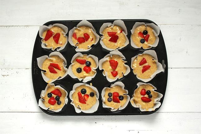 Fruchtmuffins mit Beeren Rezept