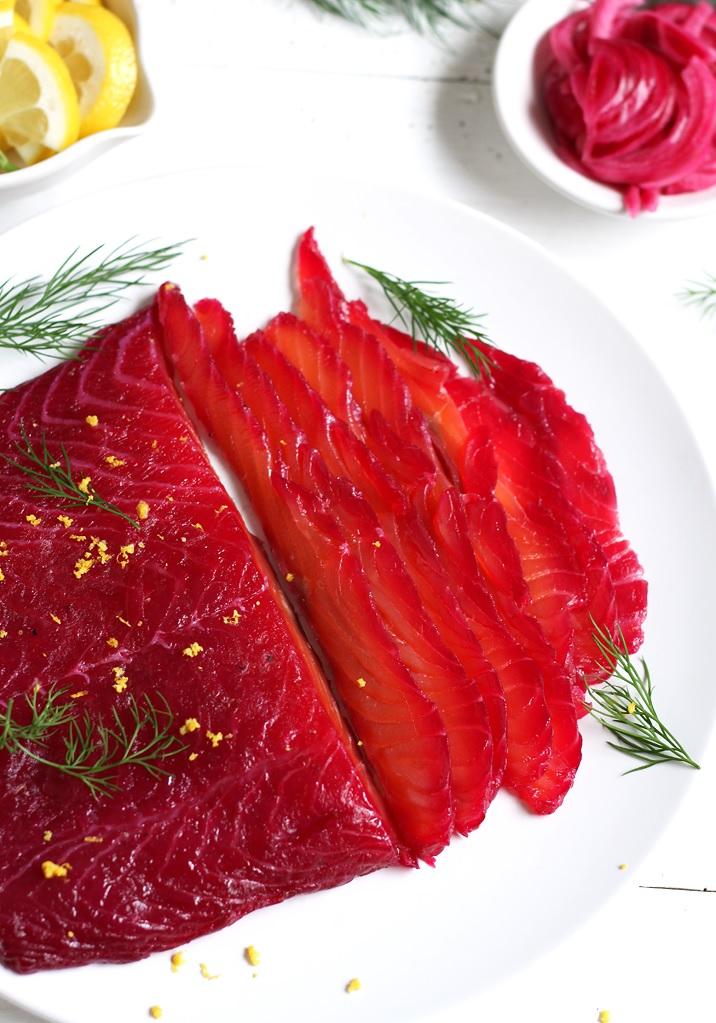 Gebeizter Lachs mit roter Bete Rezept
