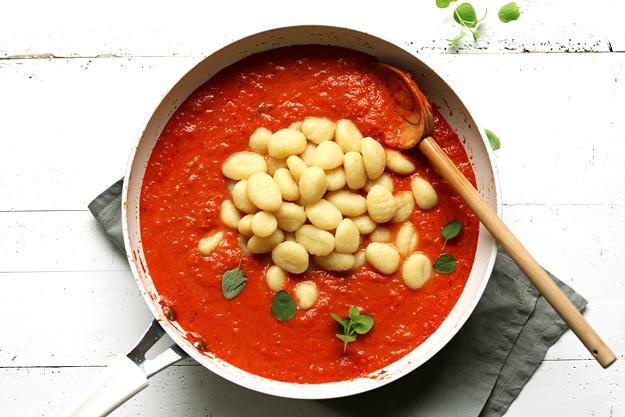 Gnocchi in schneller Tomatensauce Rezept