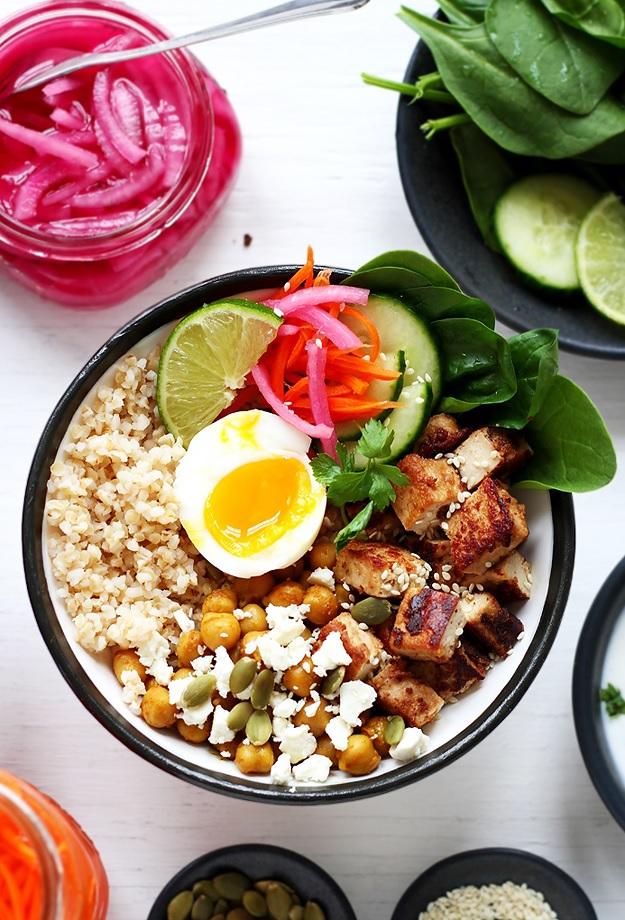 Grain Bowl mit Tofu Rezept