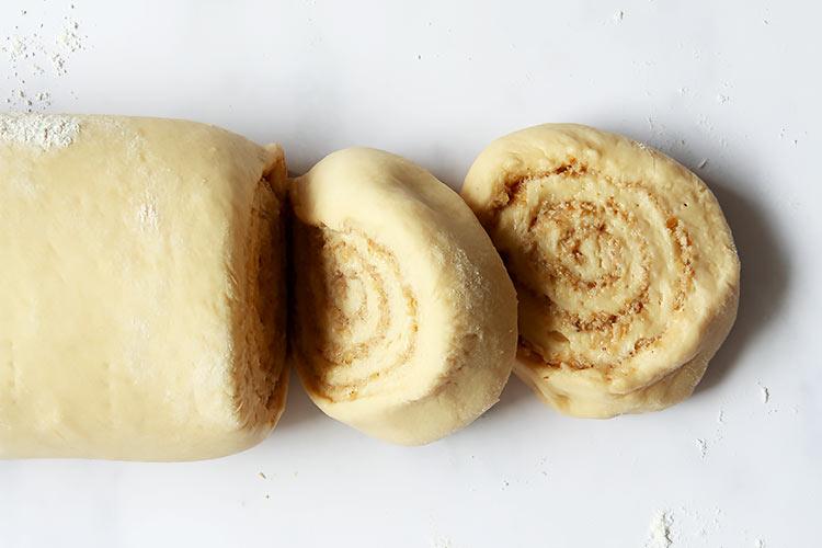 Große Nussschnecken wie aus der Bäckerei
