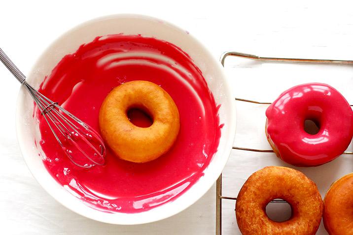 Himbeer Glasur für Donuts