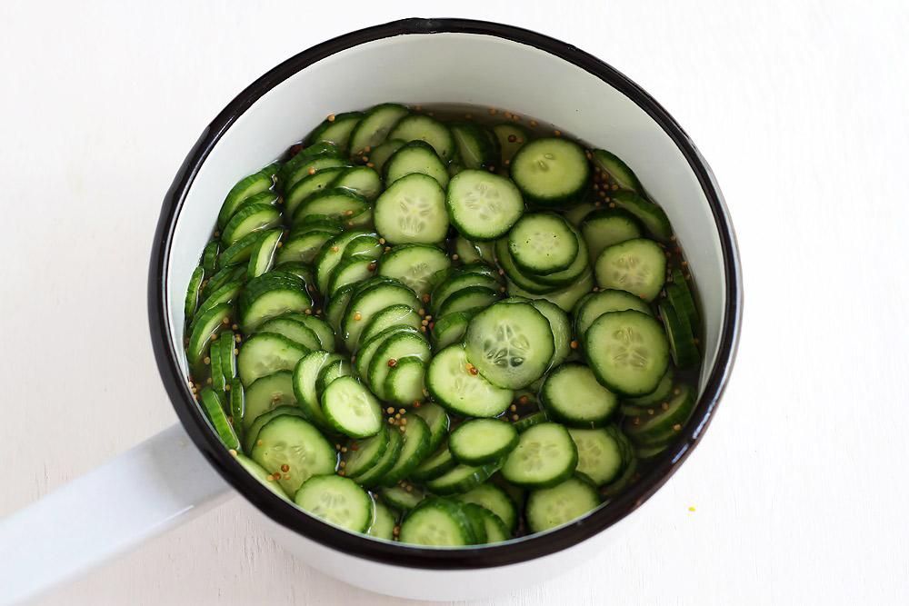 Hot Dog Gurken Pickles Rezept