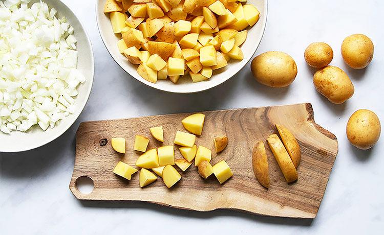 Kartoffelstücke für Kartoffelgulasch veganes Rezept