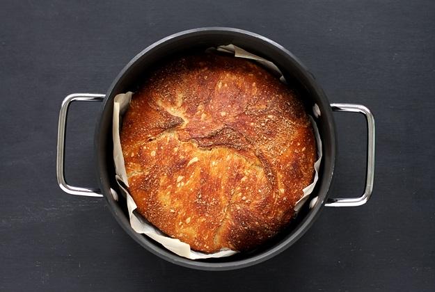 No knead Sauerteig Brot im Topf