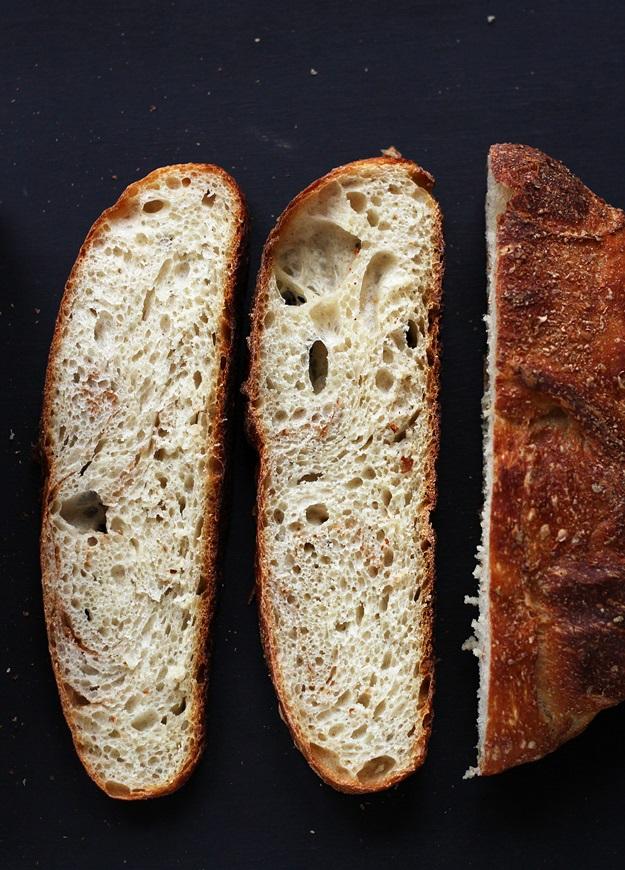 No-knead Sauerteigbrot Rezept