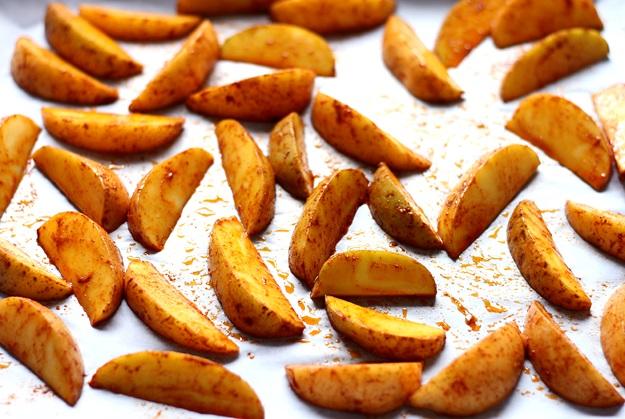 Potato Wedges auf Blech auflegen Rezept