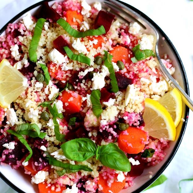 Couscous Salat mit roten Rüben und Karotten