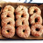 New York-Style Bagels mit Sesam