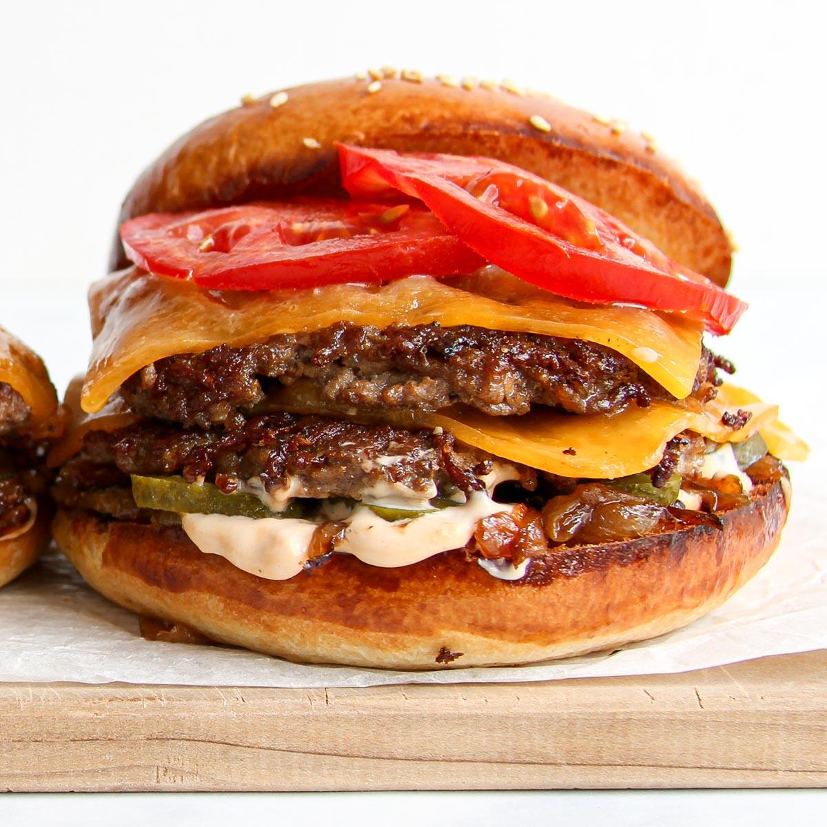 Double Smash Burger - Schritt-für-Schritt Rezept