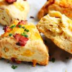 Scones mit Käse und Speck – blättrig und luftig