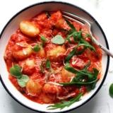 Rezept schnelle Gnocchi in Tomatensauce