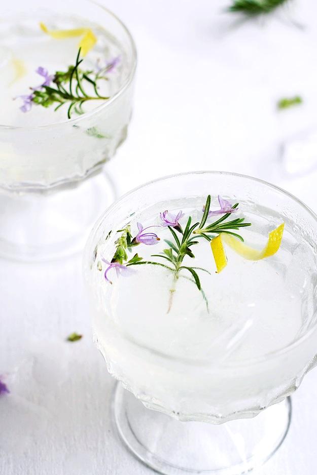 Rosemary Gin Fizz Rezept