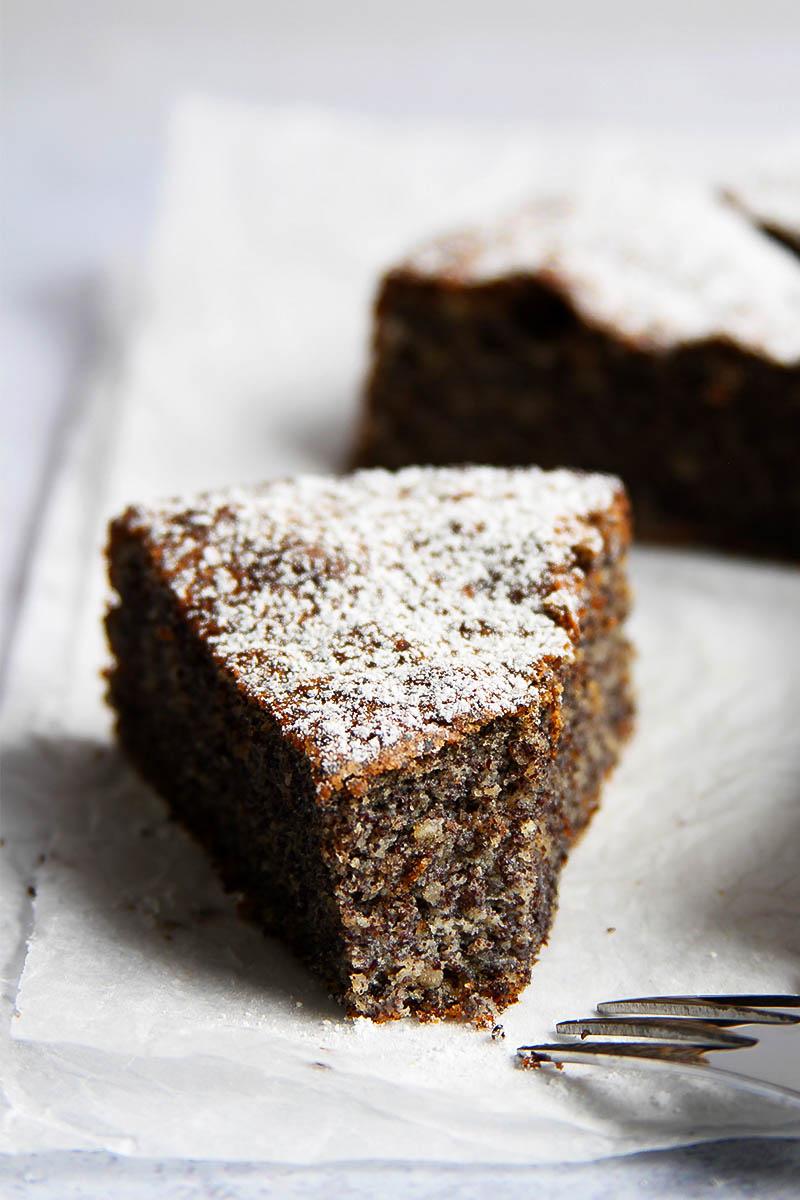 Saftiger Mohnkuchen ohne Mehl Rezept