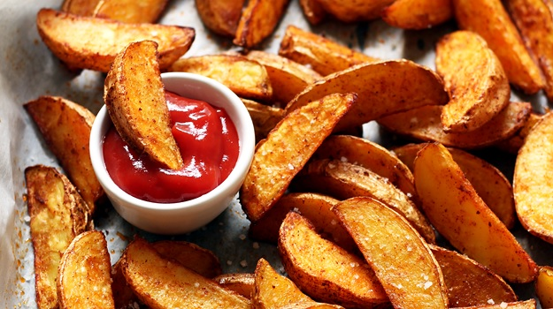 Selbst gemachte knusprige Potato Wedges Rezept
