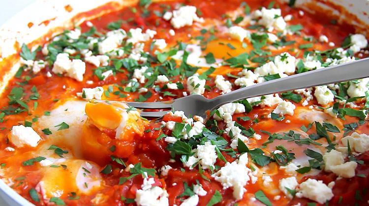 Shakshouka mit frischen Tomaten Rezept