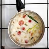 Rezept für Tom Kha - thailändische Kokossuppe.