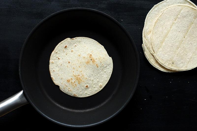 Tortillas aufwärmen