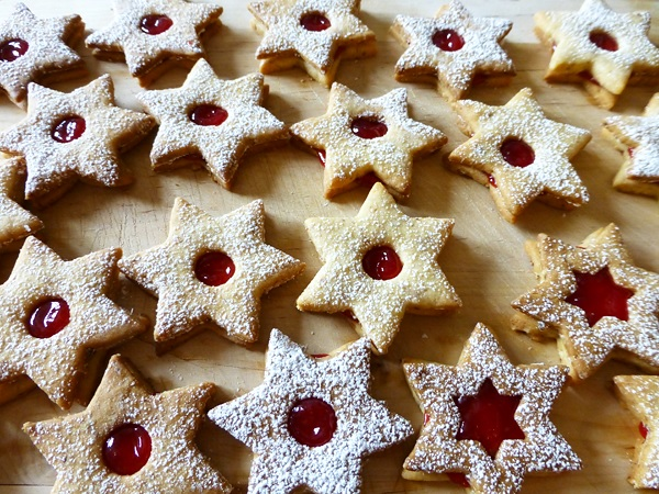 linzer cookies made by user using a lilvienna.com recipe