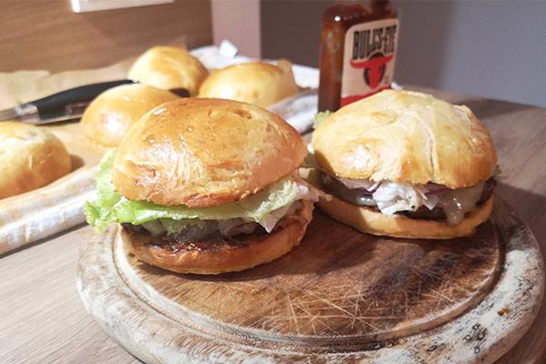 Die besten Burger Buns Rezept von TasteofTravel.at