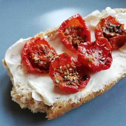 Halbgetrocknete Tomaten Rezept von Tasteoftravel.at