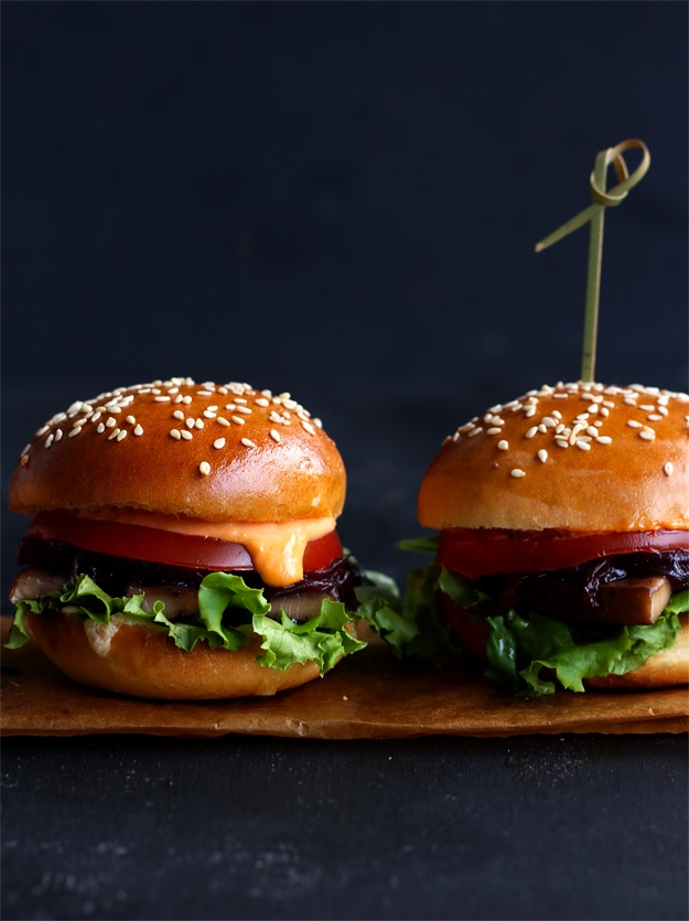 Veggie Sliders - Mini-Burger