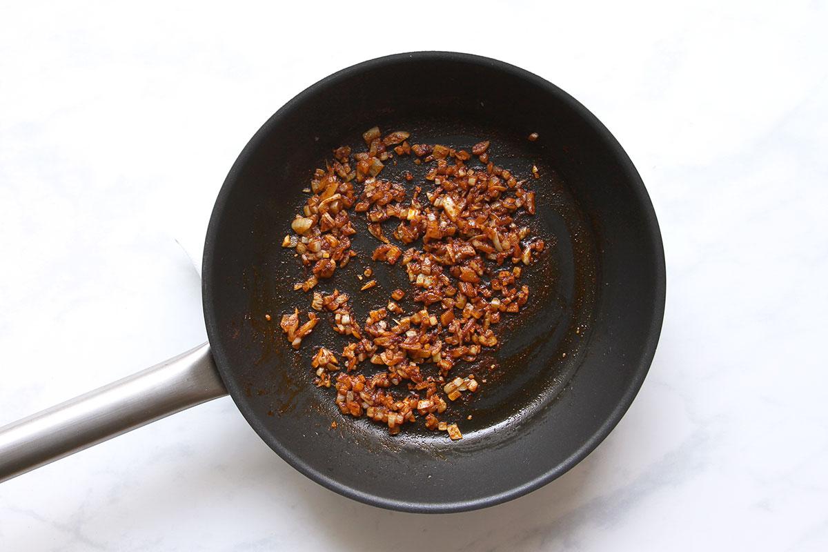Zutaten vegetarisches Burgerpatty mit Bohnen